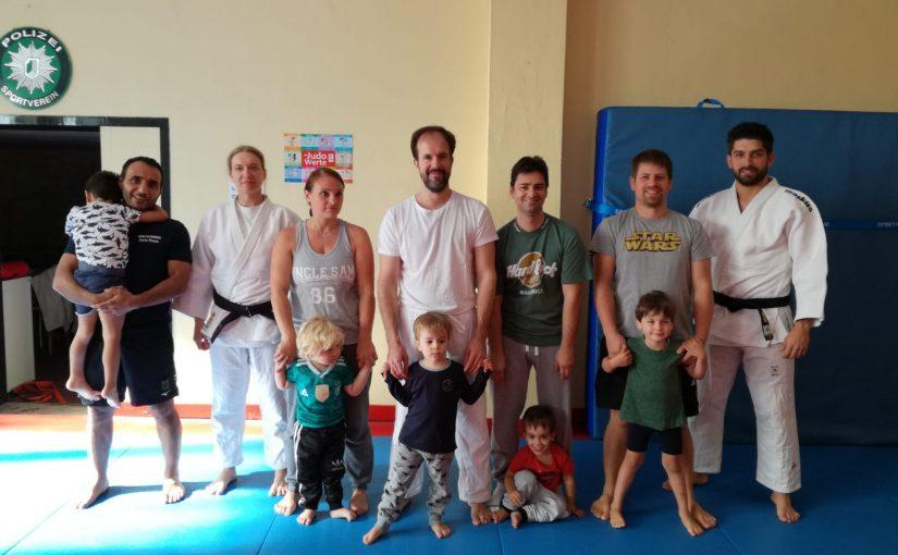 Eltern-Kind-Judo: Erstes Treffen